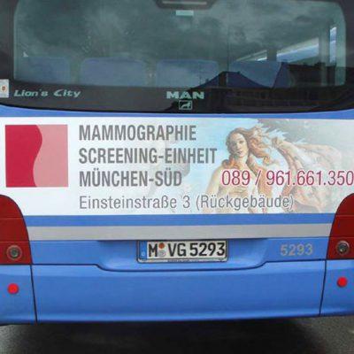 Werbung auf Bus Rückseite in München